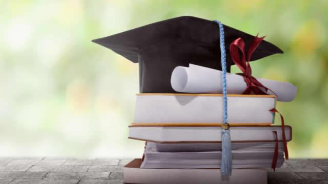 Tips Lolos Beasiswa Luar Negeri Ala Yanri Rhamdano