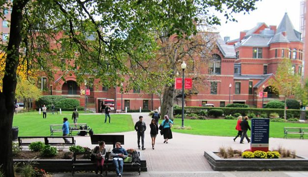 Beasiswa S1 di Boston University, USA